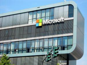 Microsoft sposta i dati dei clienti europei in UE